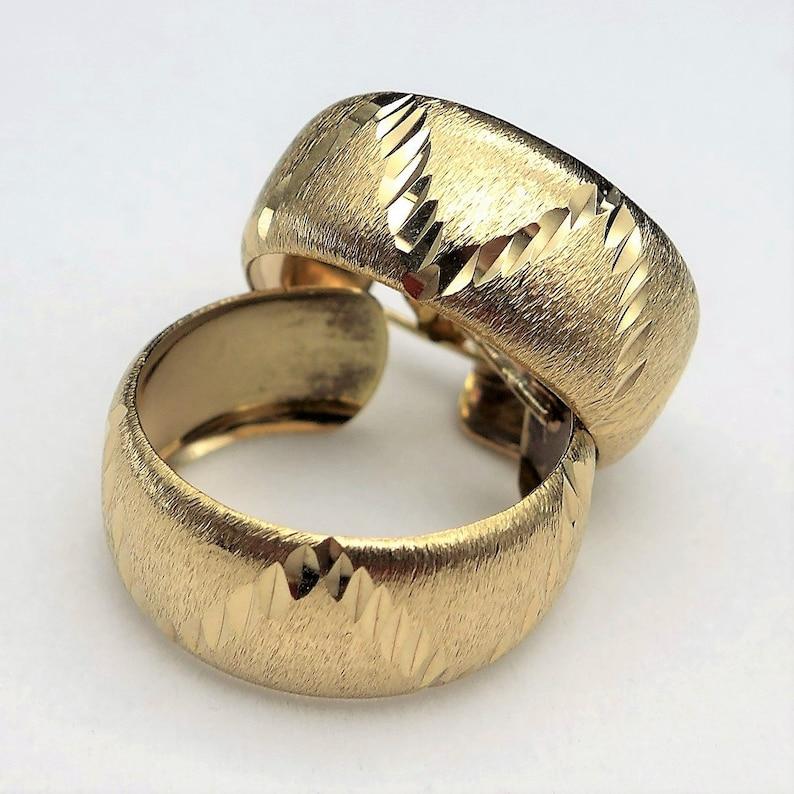 Birmingham 1977 Vintage 9ct 375 Gold Textured Diamond Cut Earrings English Gold Hoop Earrings