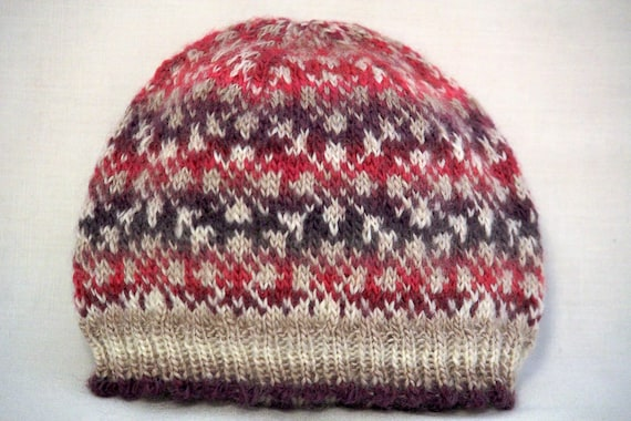 MUM? MOORLAND PINK COLOURS HAND KNITTED XMAS LADIES HAT