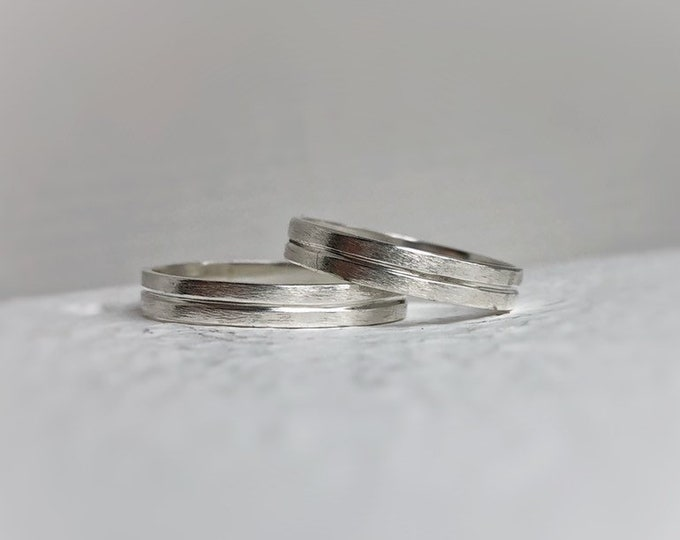 Featured listing image: Linear wedding band set - Wedding bands his and hers - Wedding bands - Handcrafted - Men's wedding bands