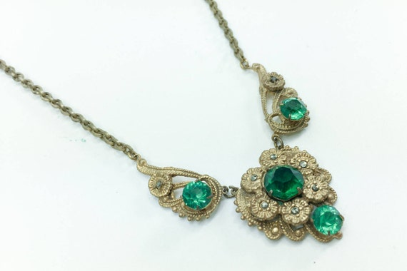 1930s Green Glass Flower Necklace | 30s Brass Flow