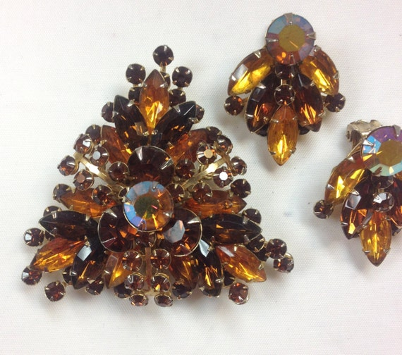 1950s Amber Rhinestone Brooch & Earrings | 50s Br… - image 2