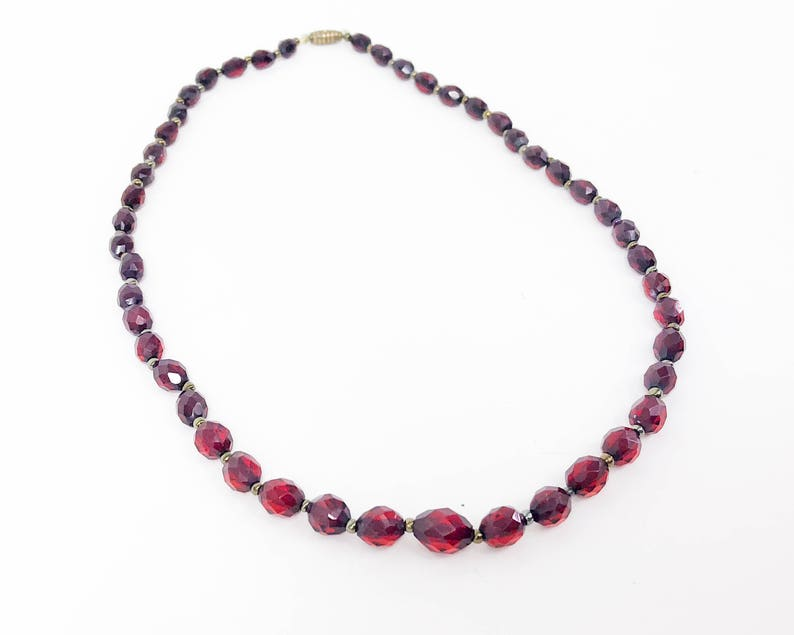 Red Faceted Amber Necklace 30s Cherry Amber Necklace Graduated Bead Amber Necklace