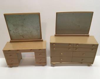 Marx Bedroom Dresser & Vanity with Mirror vintage plastic dollhouse furniture