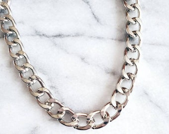 LIMBO thick silver chain