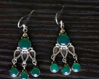 ON SALE Mesmerizing GREEN Onyx Silver Earrings