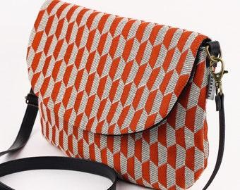 a0bad8ce43 Mini tracolla borsa marsupio convertibile. Marsupio Festival. Piccole donne  Borsellino sacca. Geometrico arancione stampa.