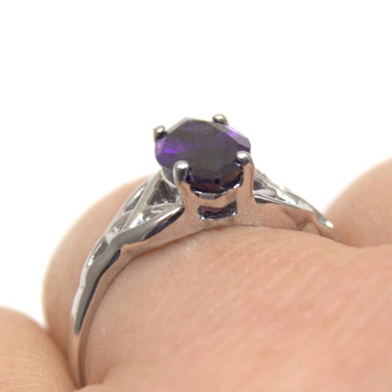 256 Sterling Silver 1.5ct Marquise Amethyst Diamond-Unique Trinity Knot Ring