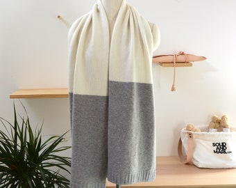Oversize scarf knitting kit, scarf knitting pattern, DIY Craft Kit, Easy Knitting Pattern