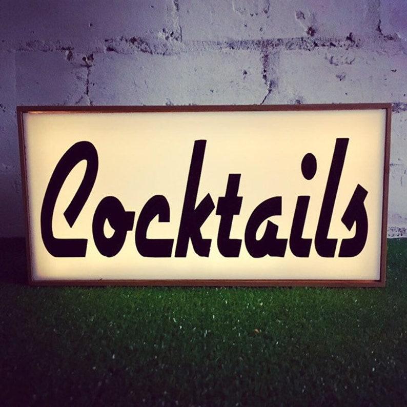 Cocktails Light Box, Cool lighting, Light up Bar Sign