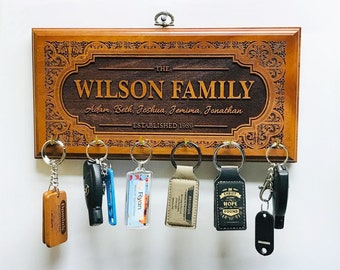 Personalized Family Name Sign Wood with keyholders, Engraved House sign, Housewarming gift, Wall hanging,