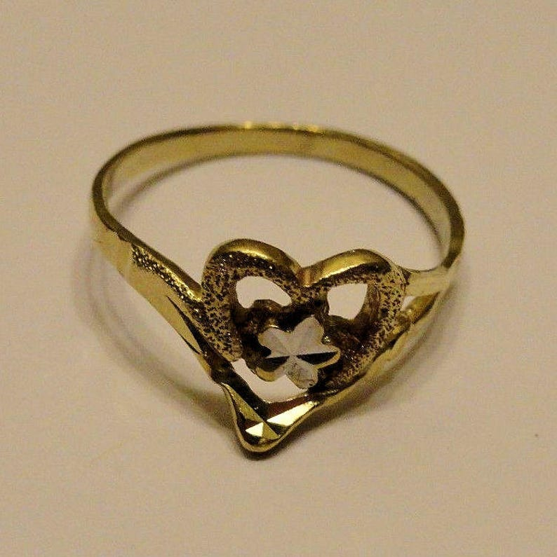Estate 14K Solid Yellow Gold Open Heart White Gold Star Flower Ring 1.51 Grams Size 5 Wedding