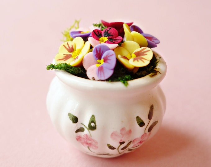 Pansies in ceramic planter