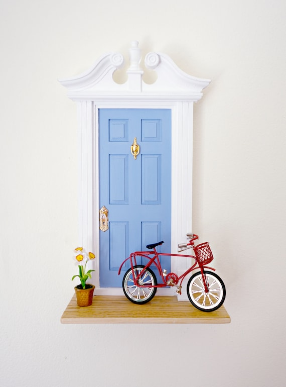 Fairy Door with Bike, French blue Fairy Door, Daffodil, Red Bike, Red Fairy Bike