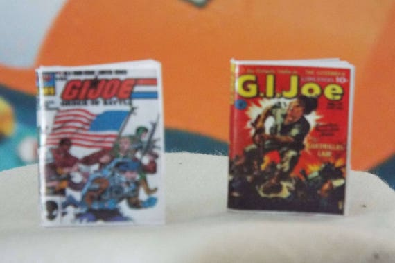 2  Miniature Vintage /'JUGHEAD/' comics Dollhouse  1:12 scale OPENING WITH PAGES