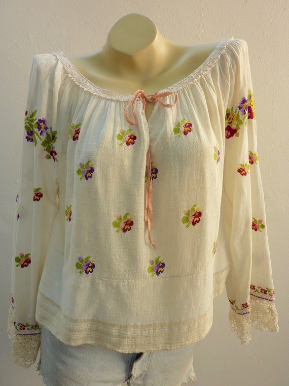 Vintage 1930s 1940s Romanian Hand Embroidered Cros