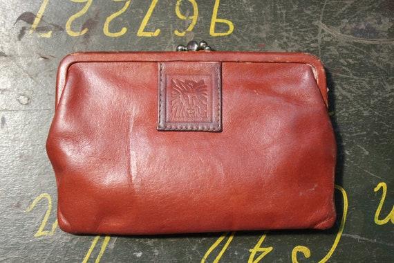 des années 1980 Anne Klein cuir portefeuille monnaie sac à main pochette Lion classique minimaliste marron Burnt Orange fermeture 1970s 1980s Kiss
