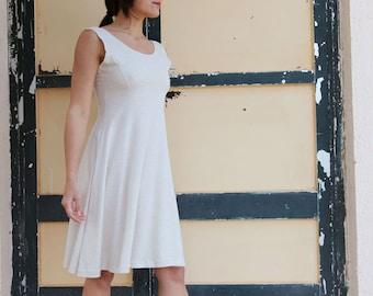 Vintage beige striped pleated  jersey dress.one size