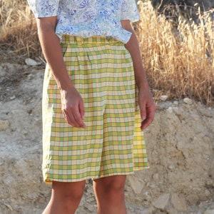 Vintage purplegreen plaidschecks pleated shorts.size mL