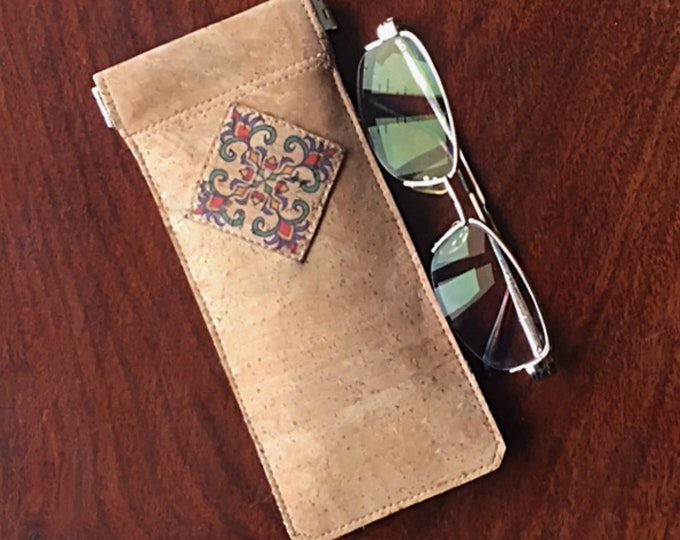 Beige vegan cork fabric - cork leather - spectacles case - glasses case - blue and orange geometric appliqué - flexible spring closure