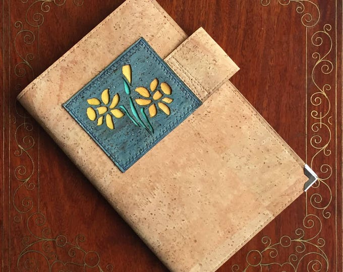 Cork leather/fabric family travel wallet for up to four passports, travel cards, train tickets, boarding passes, instructions and cash