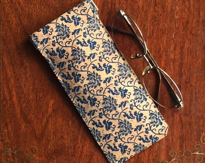 Beige vegan cork fabric - cork leather - spectacles case - glasses case - printed blue flower design- flexible spring closure