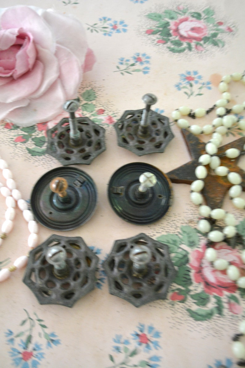 Painted Cottage Prairie Chic Vintage French Provincial Drawer Pulls P132