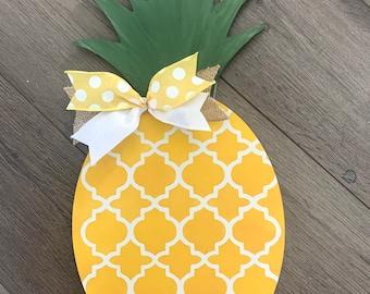 Pineapple Door Hanger - Pineapple Decor - Front Door Hanger - Porch Decoration - Pineapple Wall Art - Wall Decor - Summer Decor - Door Decor