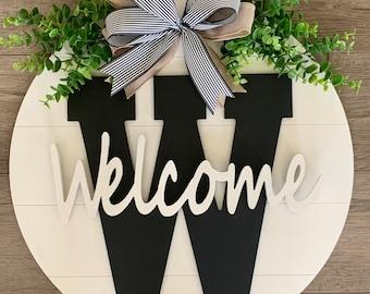 Welcome Door Sign - Welcome Door Hanger- Personalized Door Decoration - Porch Sign - Monogrammed Door Hanger - Personalized Porch Decor