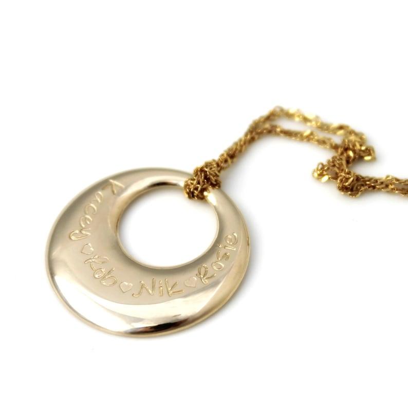 388a605e53f2 9ct oro amarillo o rosa oro oro sólido anillo de señora