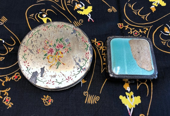 Vintage 1950s 1960s Lot of Two Mirror Powder Compa