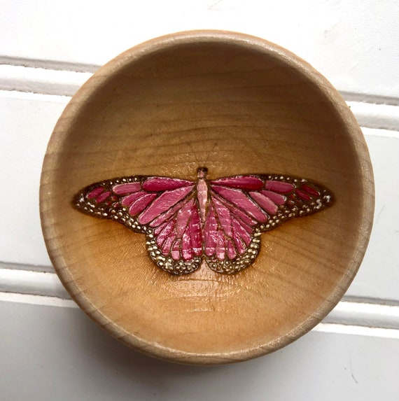 Butterfly Ring Bowl, painted pink or blue . Laser Engraved design. Free Gift Wrap Included