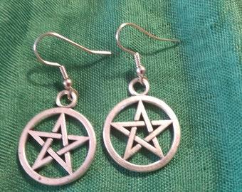 Pentagram earrings US pewter