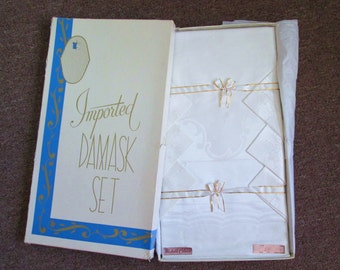 Vintage White Damask Tablecloth with Six Matching Napkins Original Box 1950,s