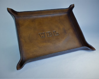 Monogrammed Valet Tray. Personalized Leather Catchall. Engraved Leather Valet. Desk Organizer. Leather Valet Tray.Desk Catchall.Valet Gift.