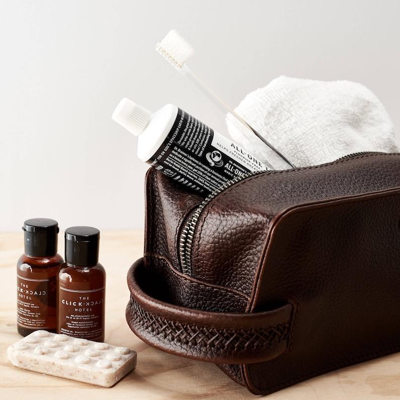 a6d325e496a5 Dark Brown Leather Toiletry Bag Men Handmade Travel Dopp Kit