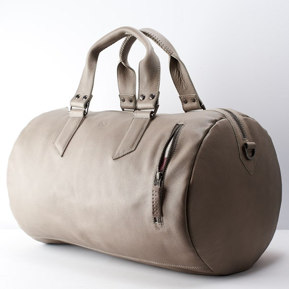 2c3a4a62b49 Grey Leather Duffle Bag Men 35L Shoulder Travel Weekender   Etsy