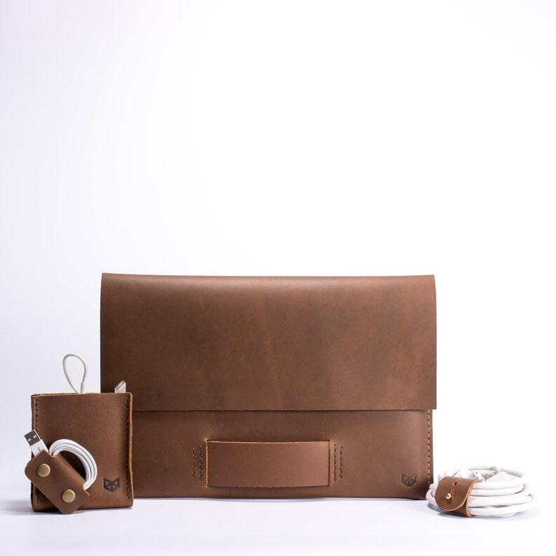 Light Brown MacBook Pro Walker Leather Case, Traveler Kit, Power adapter  Bag, Earbud Holder, Cord Wrapper, Accessories  Monogrammed Gifts