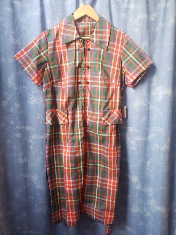 Vintage 1960's /1970's Sears Roebuck Plaid Front Z