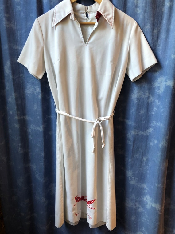 Vintage 60s White Shirt Dress Embroidered Roadrunn