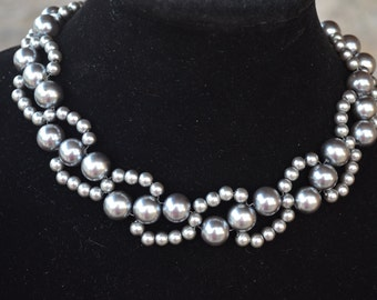 Beautiful handmade silver iridiscent pearl necklace