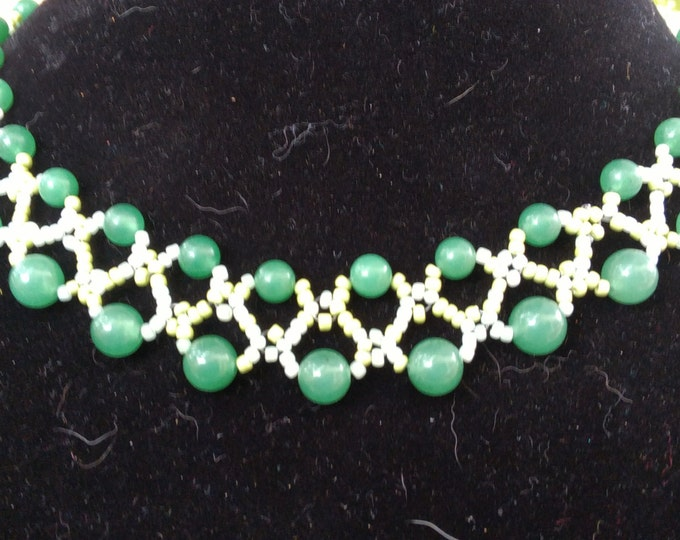 Gorgeous Emerald Pearls and Mint Green Seed Necklace
