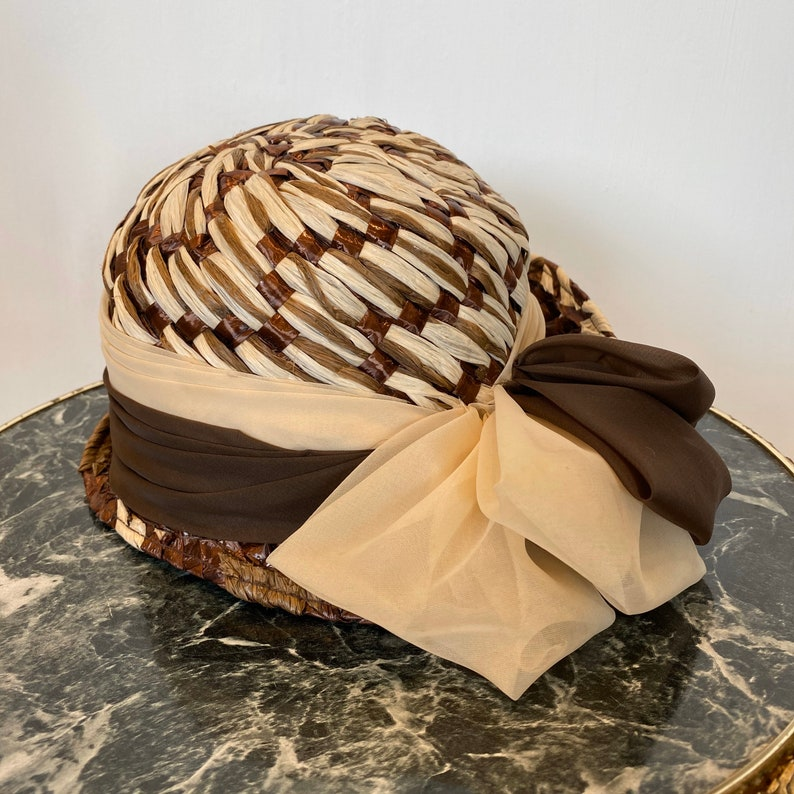 Summer Hat Ladies Day Hat. The Races Hat Large Brim Fedora Two Tone Brown /& Cream with Statement Bow Vintage Raffia Cloche