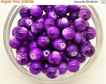 Purple glass beads;  bright violet-purple with purple/black veining, round glass beads, 8mm, 16pcs/1.80.