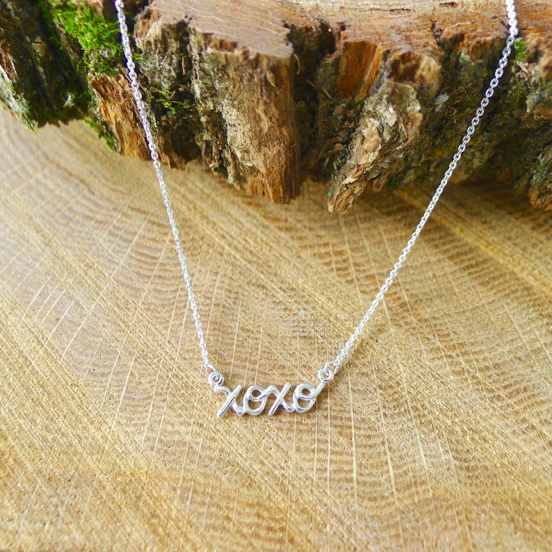 Best Friend Necklace Love Jewelry Push Present XOXO Necklace Hugs and Kisses Gift for Mom Handwritten Necklace Gossip G Hug and Kiss