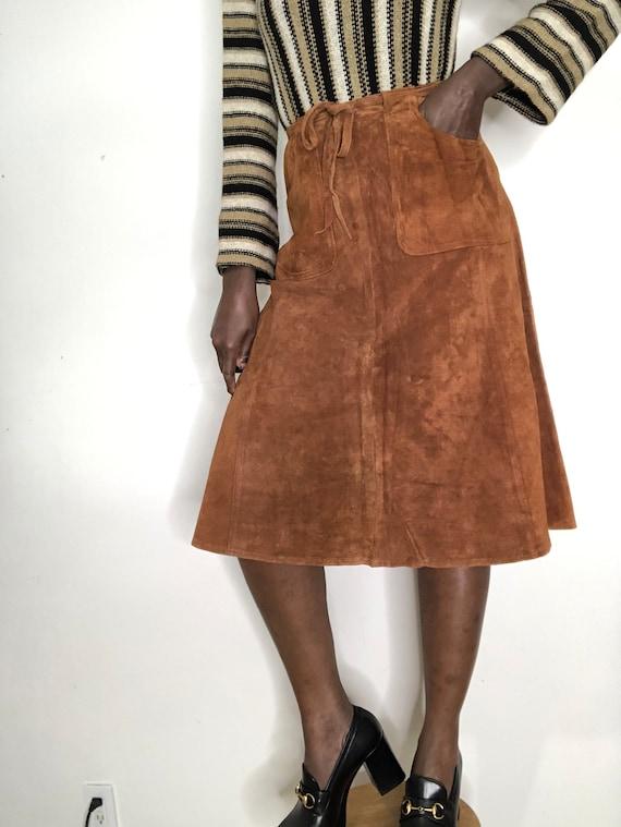 Vintage 1970s 100% Genuine Suede Leather A-Line Sk