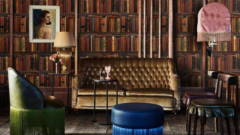 Boekenplank Met Boeken.Boekenplank Behang Boeken Bibliotheek Behang Behang Oude Etsy