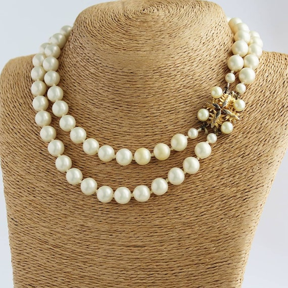 Coro Vintage Necklace Faux Pearls Choker