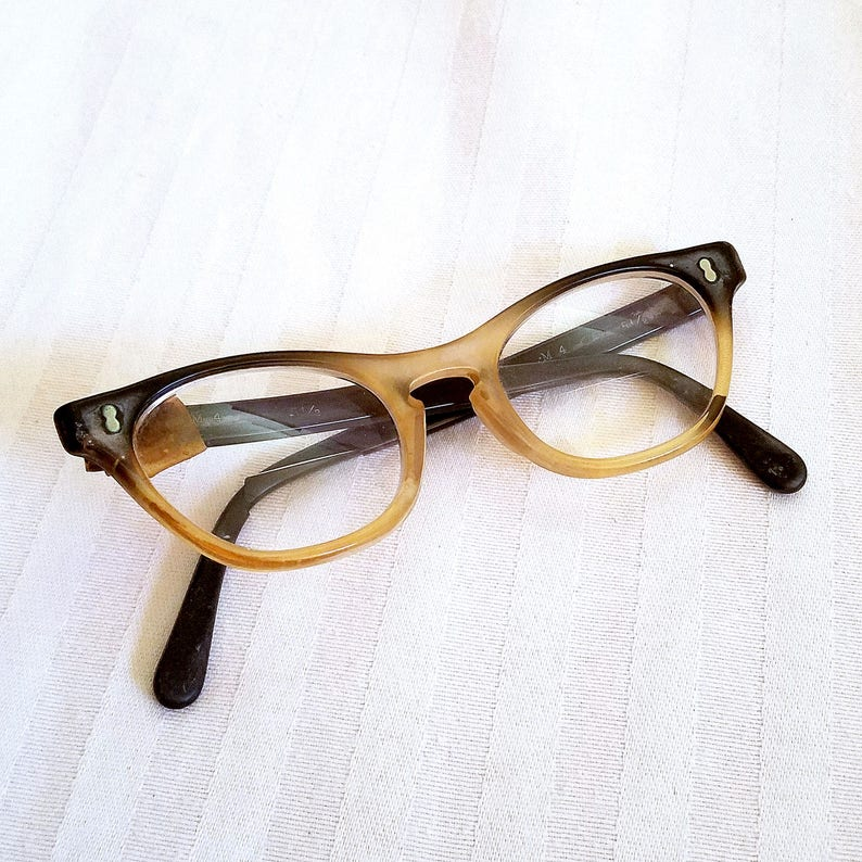 6cb74f34292 Vintage Two Toned Cat Eye Glasses By May Optical Marked M4