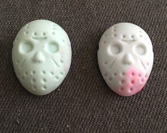 Friday the 13th jason vorhees magnet / horror mask / art / jewelry / painting / freddy kreuger / horror movie / necklace / ring / accessorie