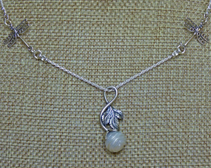 Featured listing image: Sterling Silver Pearl Necklace - Galatea Rose Pearl on Rope Chain with Dragonflys - Galatea Pearl - Pearl Pendant - Rose Pendant Necklace